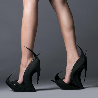 Flames, zapato arquitectónico de Zaha Hadid