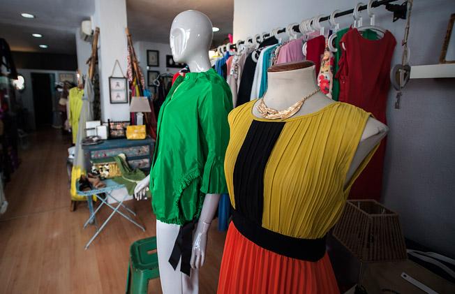 Interior de la tienda AR, en El Porvenir