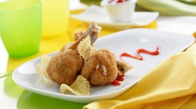Chupa chups de pollo rellenos de jamón y queso