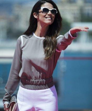 Detalle de las gafas de Juana Acosta en el Festival de Málaga. EFE