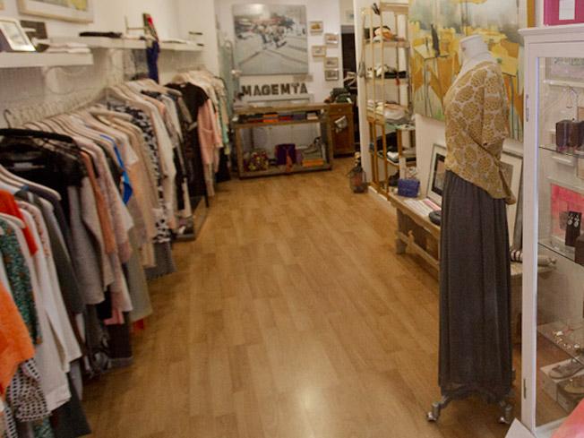 Interior de la tienda Magemta, en C/ Chicarreros, 5