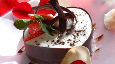Corazon de chocolate y fresas