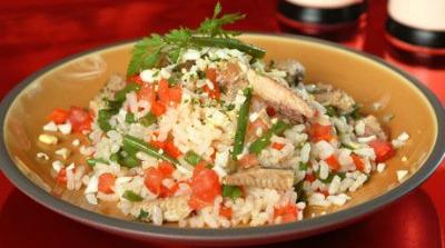 Ensalada de arroz con sardinas