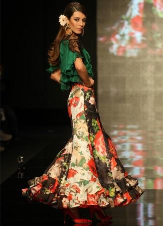 Conjunto de falda y blusa flamenca de Lina. ABC