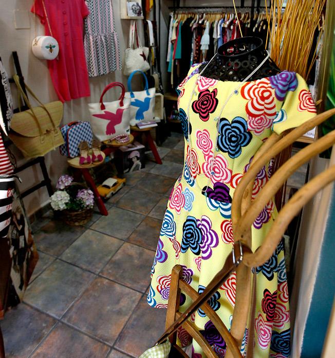 Amplitud de tendencias en la moda y los accesorios que visten el estilo de Ana Conde