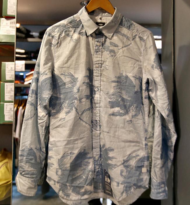 Camisa con estampado estilo arty de palmeras