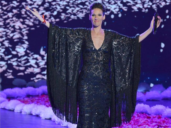 La Flaka en la semifinal de La Voz vestida por Vicky Martín Berrocal. Carlos Serrano.