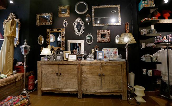 Las piezas de decoración también forman parte del estilo y la oferta de Le Marché