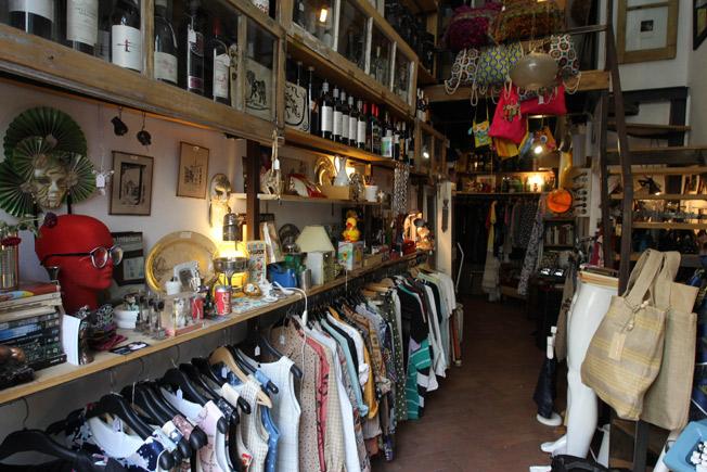 Intrusa nació como abacería y se convirtió en un espacio de moda y decoración