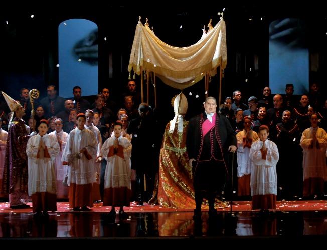 La ópera Tosca en Sevilla. J.M. Serrano.