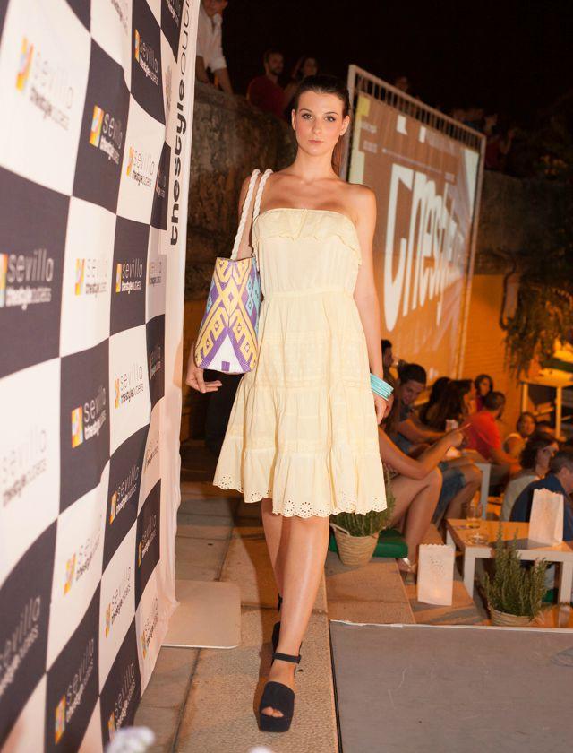 Desfile de moda de The Style Outlets con las tendencias de verano 2015 en la terraza Capote