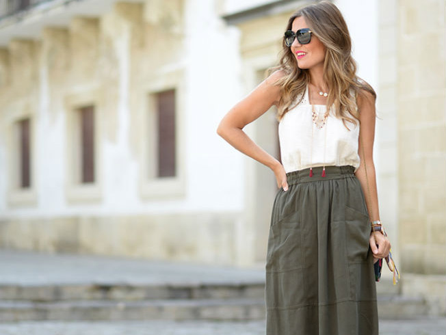 Un look perfecto con falda midi