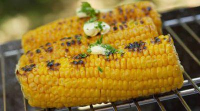 Mazorca de maíz a la barbacoa