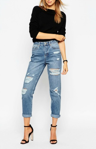 Mom jeans rotos de Asos