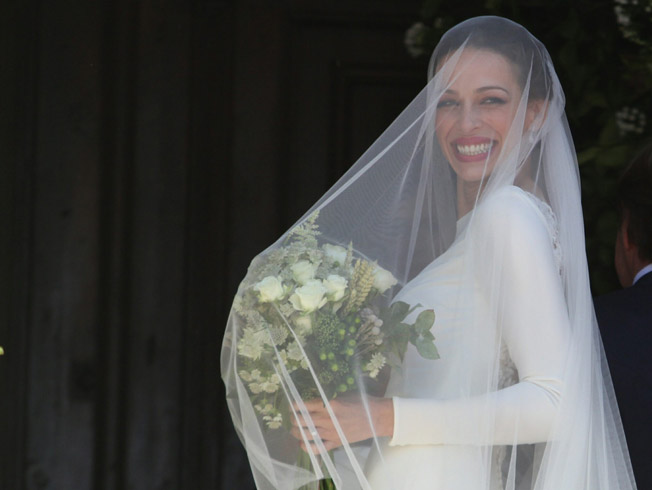 as es el vestido de novia de eva gonzlez