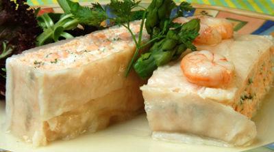 pastel-salmon-gambas