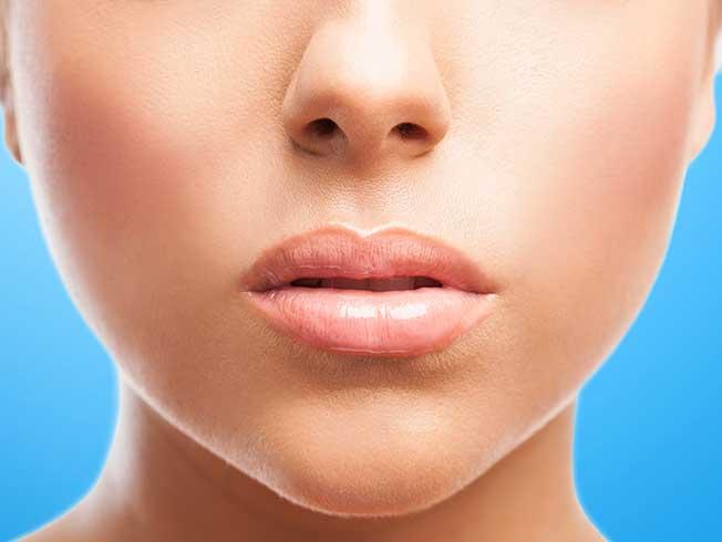 Tendencia «full lips». Cómo conseguir unos labios gruesos paso a paso