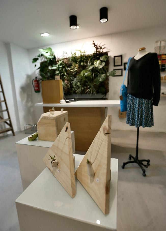 Moda y accesorios de belleza y producción natural, en Verde Moscú