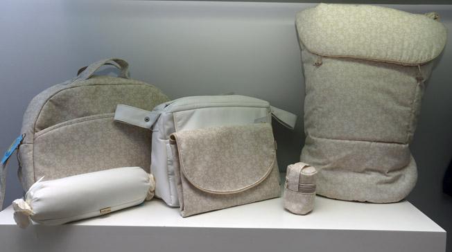 Amplia variedad de productos para el carro de paseo: colchas, sacos, sombrillas, cambiadores