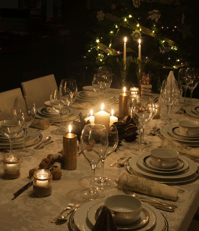 Inspiraci n para decorar tus mesas de navidad bulevar sur - Decoracion de mesa en navidad ...