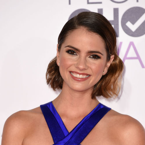 Copia el peinado de Shelley Hennig.AFP