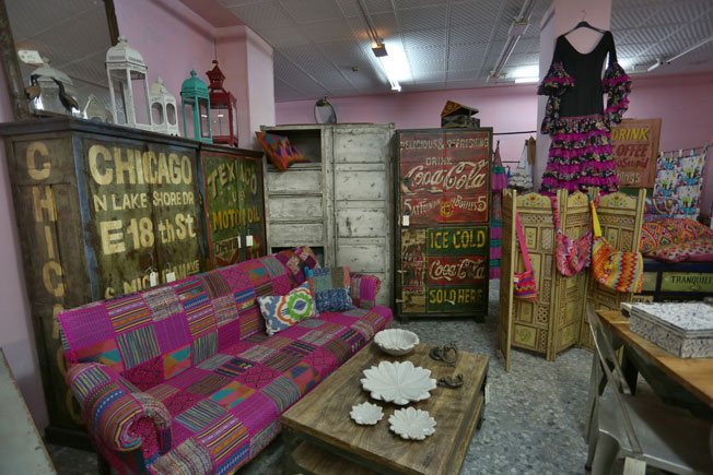 De tiendas por sevilla india muebles bulevar sur - Muebles de la india ...