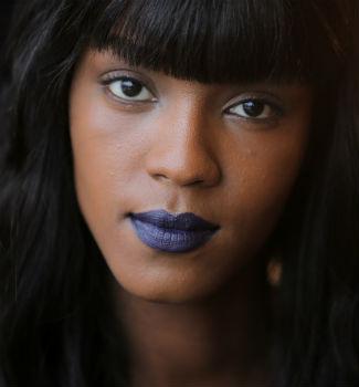 Look de maquillaje y peluquería del desfile de Ohne Titel en Nueva York. AFP