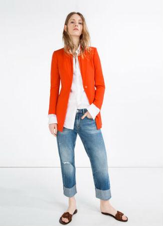 Abrigo naranja de Zara