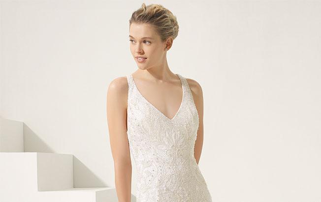 Peinado vestido novia escote en V