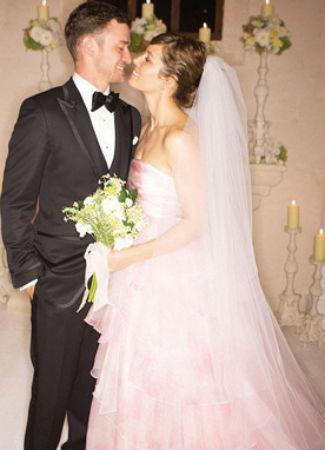Jessica Biel con traje de novia. Hola