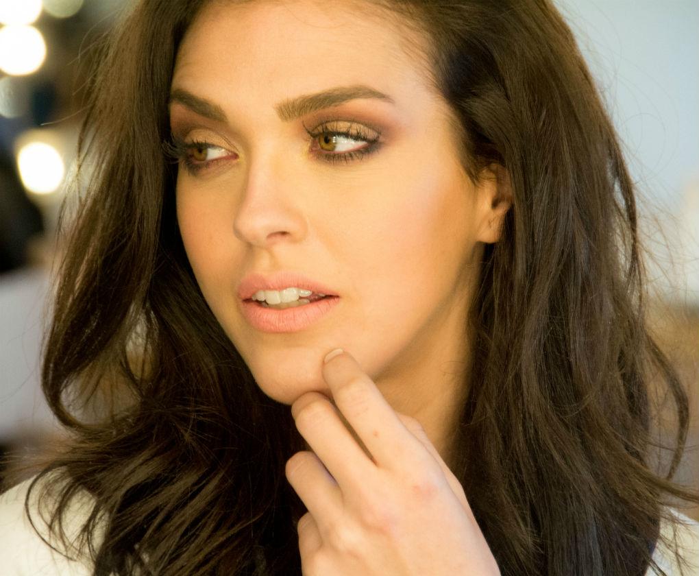 Tercera propuesta de Espacio Líbero para las novias más atrevidas con su maquillaje. Laura Álvarez