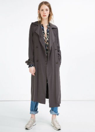 Trench largo fluido de Zara