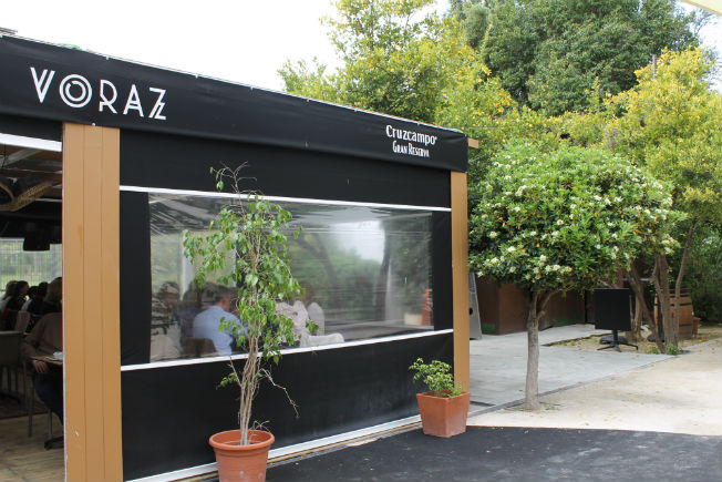 Voraz Una Experiencia Gourmet En Un Kiosco Del Parque