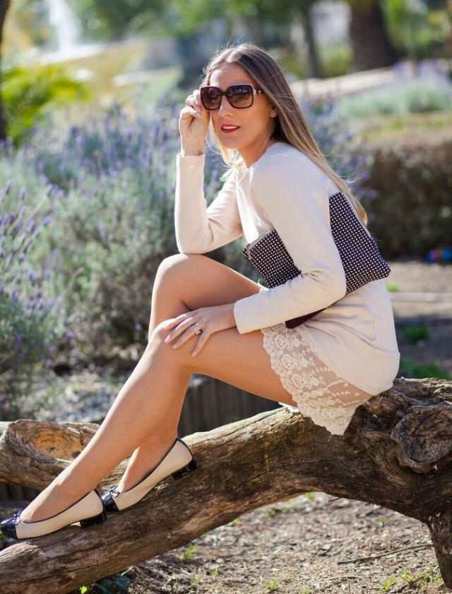 Araceli Vera, del blog Guapa y con estilo, con prendas que venderá en el primer Closet Market en Sevilla el 8 de abril de 2016 en White Bar
