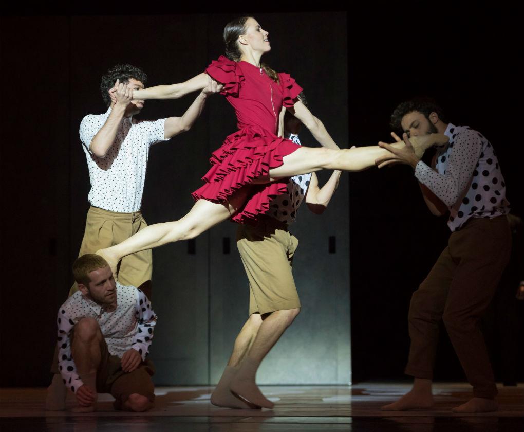 Vestuario de Carmen del Centro Nacional de Danza. Foto: Jesús Vallinas