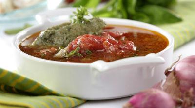 sopa-tomate-helado-albahaca-