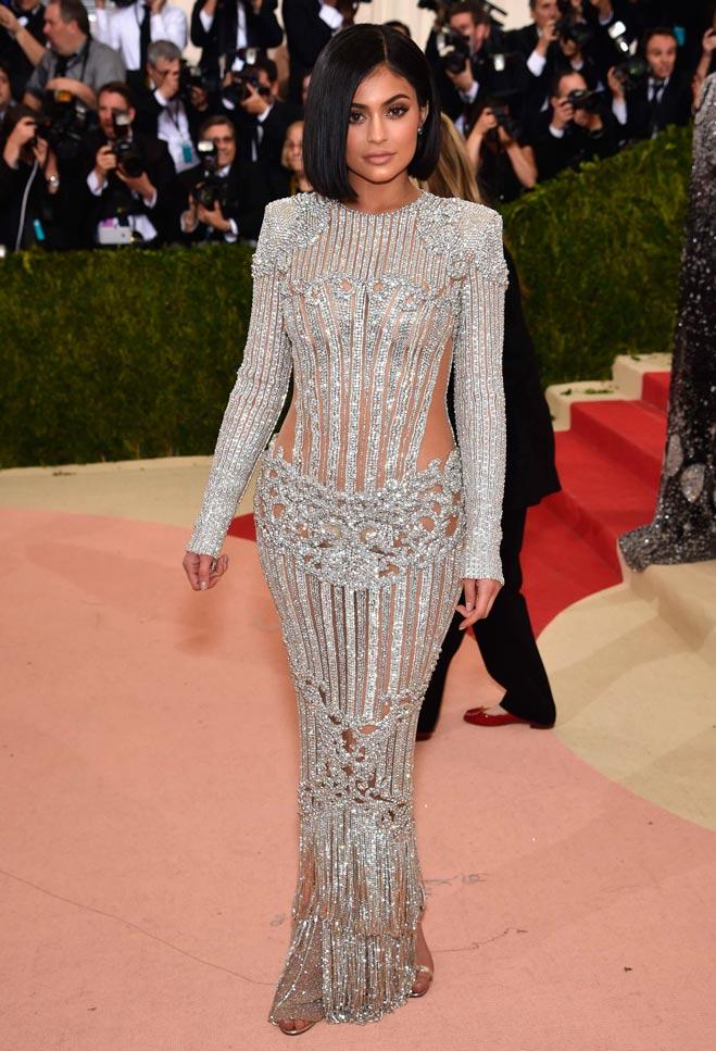 Copiar Look Kylie Jenner En La Gala Del Met - Bulevar Sur