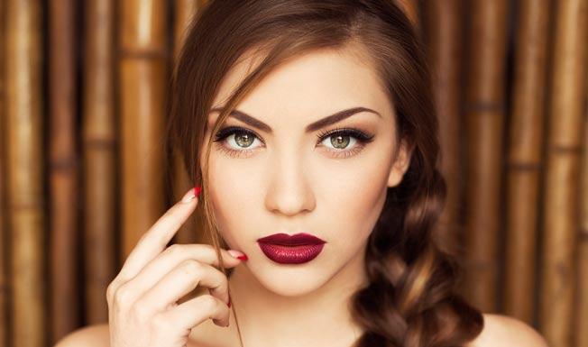 Tendencias de maquillaje para el verano 2016 bulevar sur for Labios burdeos