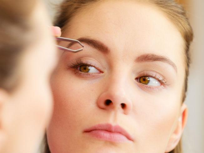 Resultado de imagen para Aprende a eliminar el vello de la cara de forma natural