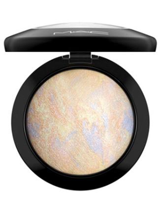 Mineralize Skinfinish de MAC