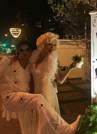 Eva González volvió a casarse con Cayetano en La Vegas vestida de Marilyn Monroe