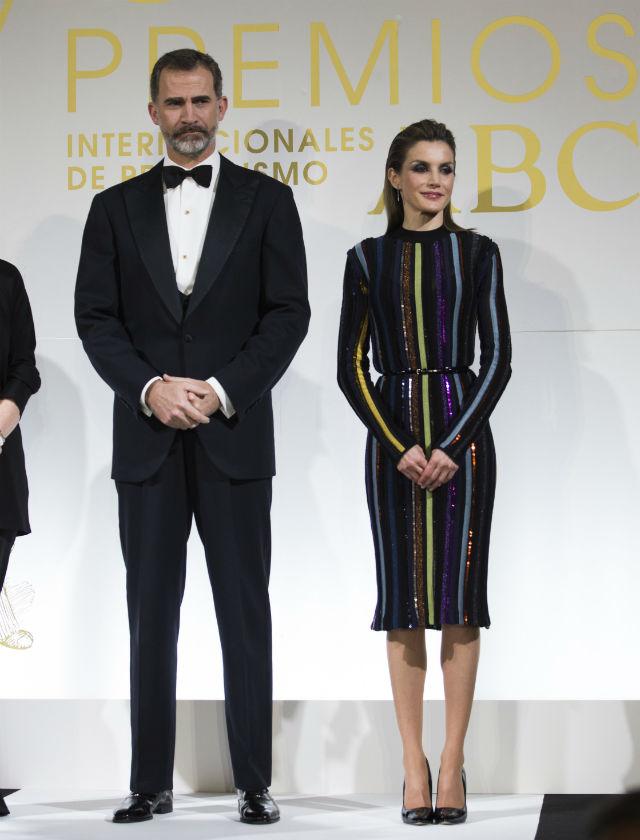 Doña Letizia con vestido de Nina Ricci en los premios ABC de Periodismo. Foto: Ángel de Antonio