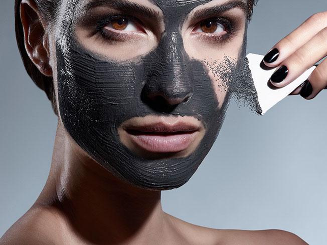 Mascarilla magnética, el nuevo «hit» cosmético
