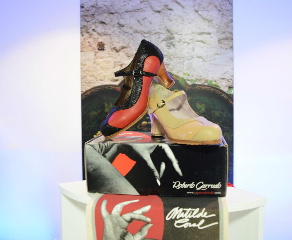 Zapatos de baile de la nueva línea Matilde Coral de Roberto Garrudo. Foto: Rocío Ponce