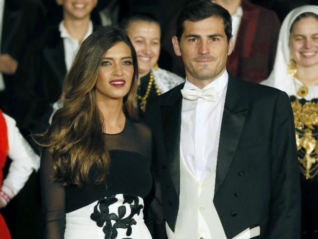 Sara Carbonero junto a Iker Casillas. Foto: EFE