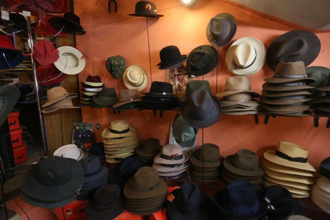 tienda-sombrero-tres-picos11b