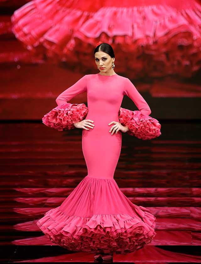 a858be1c7ca La colección «sus pensamientos» recoge a la flamenca en cada situación