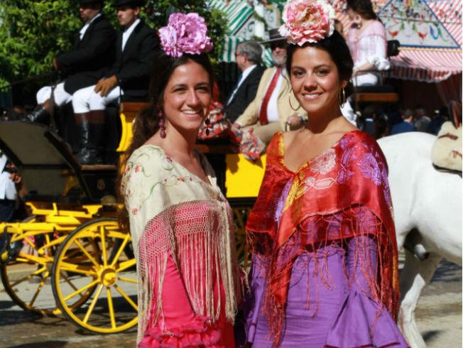 Alquiler de trajes de flamenca en Sevilla