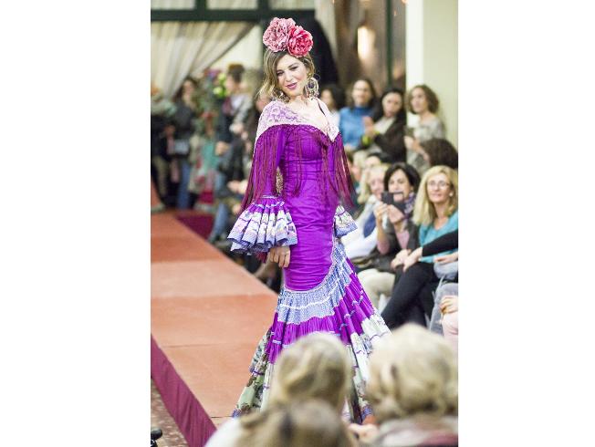 Así son los trajes de flamenca de Sevilla para esta Feria 0da471064583