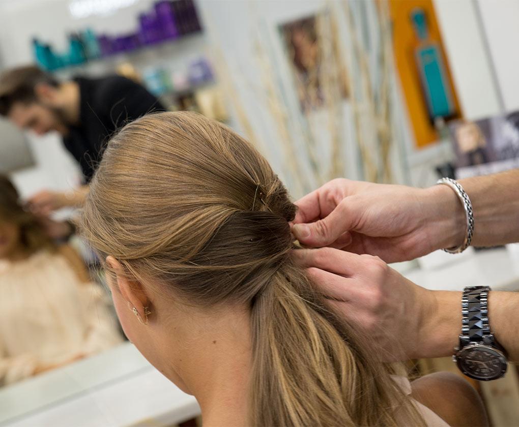 Más agudo peinados de flamenca 2021 Imagen de estilo de color de pelo - Cuatro ideas de peinados de flamenca para la Feria 2017 ...